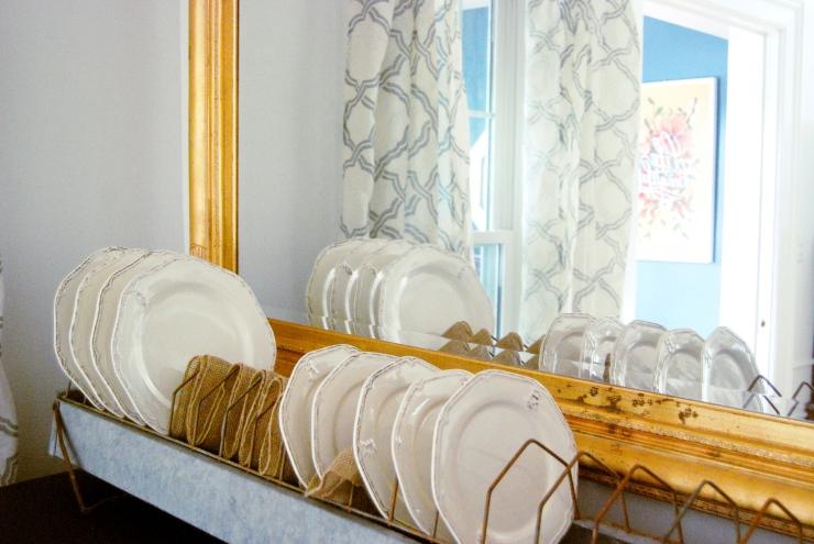 plates chicken feeder