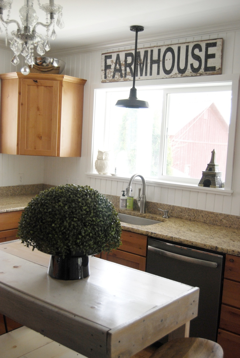 Farmhouse sign and sink