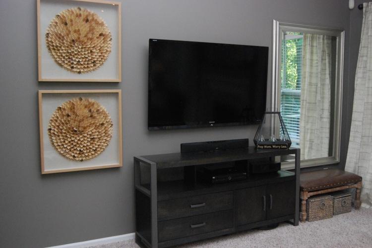 darker-tv-wall